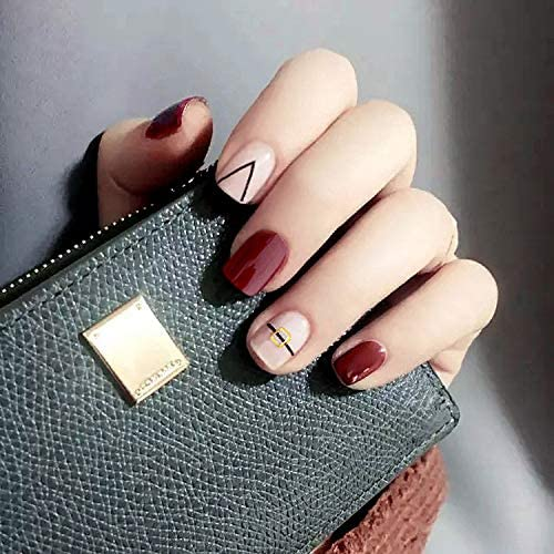 30 Simple But Artistic Nail Art Collections