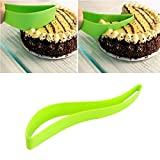 OPPOHERE Cake Pie Slicer Sheet Guide Cutter Server Bread Slice Knife Kitchen Gadget 2PCS