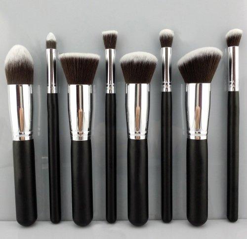 BESTOPE synthétique Premium maquillage Kabuki Brush Set Cosmétique Fondation Blending Blush Eyeliner Poudre pour le visage Brosse kit de pinceau de maquillage (8pcs, argent noir)