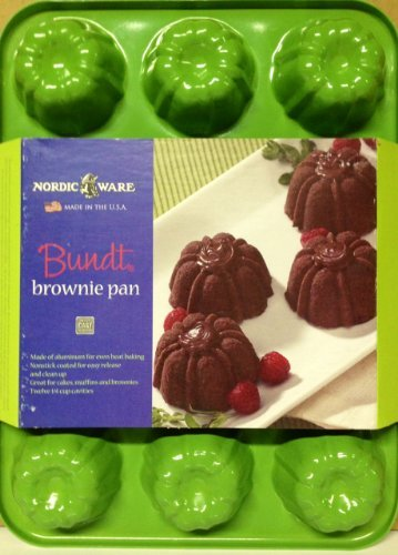 Nordic Ware Bundt Brownie Pan - Green