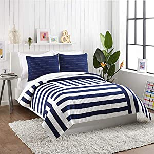517qdAgOZfL._SS300_ Coastal Bedding Sets & Beach Bedding Sets