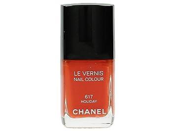 Amazon.com : Chanel Le Vernis Nail Colour 617 Holiday : Nail Polish ...
