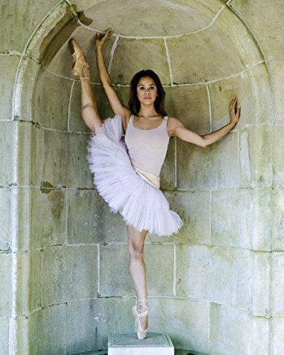 Misty Copeland 8x10 Celebrity Photo #08