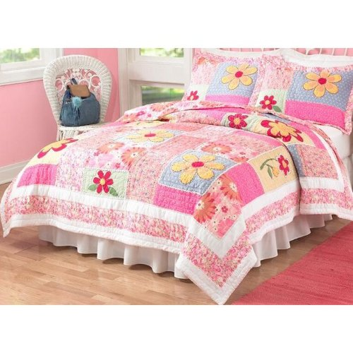 Olivia Pink Girls Quilt with Pillow Sham(s), Twin
