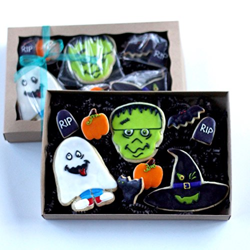9 Count Silly Halloween Boxed Cookie Set! Frankenstein, The Witches Hat, and a Trick or Treating Ghost all come out to play! Birthday Themed Party Favors or Gift! ()
