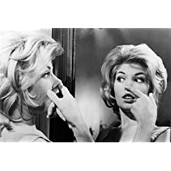 Monica Vitti as Claudia in L'avventura 24x36 Poster Looks in Mirror at Herself