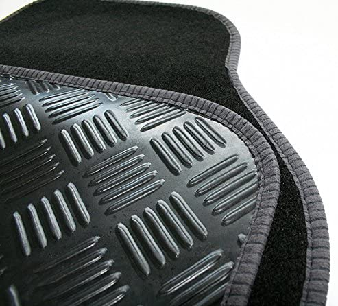 99-05 Perfect Fit Black Carpet Car Mats for Mitsubishi Spacestar