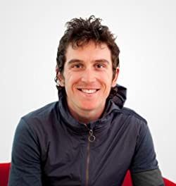 Geraint Thomas with a weight of 71 kg and a feet size of N/A in favorite outfit & clothing style
