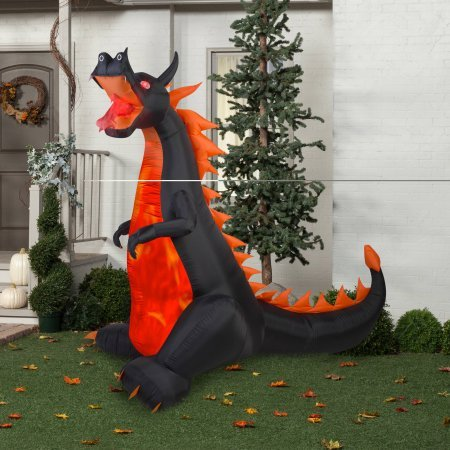 Halloween Dragon (Gemmy Airblown Inflatable 7' X 7.5' Dragon with Lights and Animation Halloween)