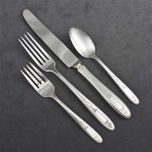 Silverplate 4 Piece Setting - Grosvenor by Community, Silverplate 4-PC Setting, Viande, French