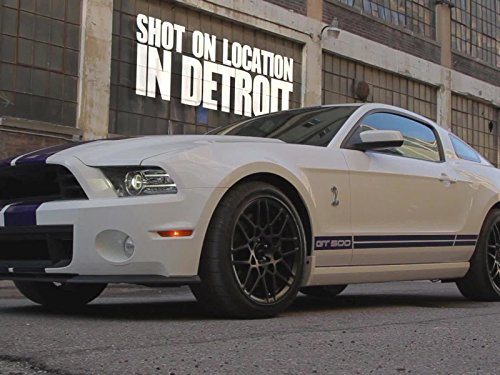 2013 Ford Police Car - 2013 Ford Shelby GT500 vs Cop Cars: Police Chase!