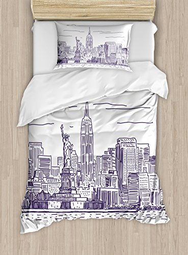 New York Duvet Cover Set by Ambesonne, Sketchy Simple View of NYC Statue of Liberty Freedom Symbol Ellis Island Print, 2 Piece Bedding Set with Pillow Sham, Twin / Twin XL, Purple White (Ellis Outdoor Living)