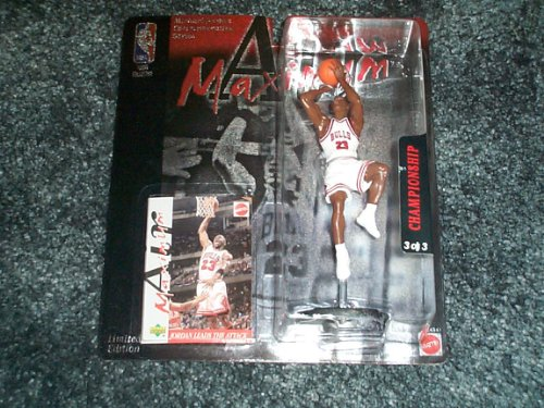 Michael Jordan 1999 Maximum Air collectible figure Championship 1993 with trading card