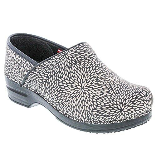 - Sanita Women's Smart Step Pro. Perennial Clog, Black, 38 M EU (7-7.5 US)