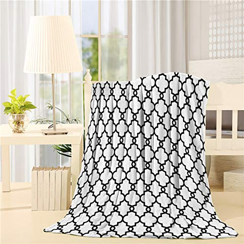 - DaringOne Comfy Plush Fleece Throw Blanket 40x50 inch Moroccan Soft Coach Blanket Lightweight Stadium Blanket Curvy Geometric Damask Patterns Black White