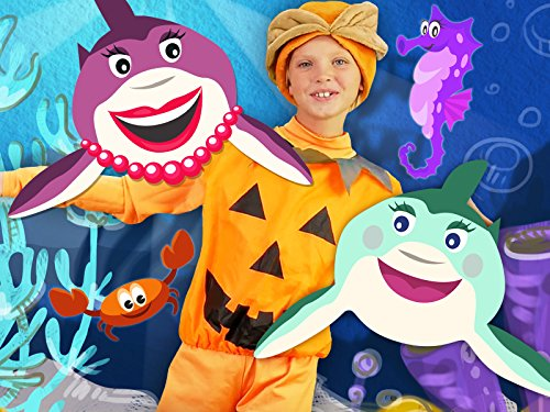 (Halloween Pumpkin - Baby Song Baby Shark with Skeleton, Zombie and)