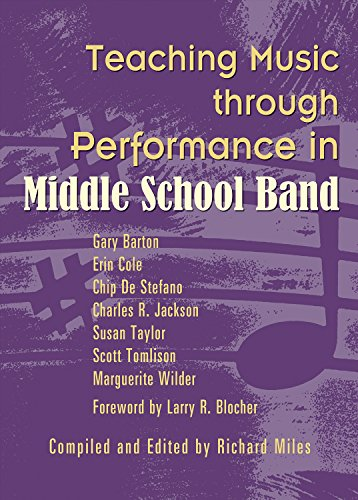 (Teaching Music through Performance in Middle School)