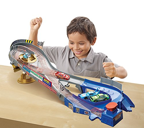 Disney Cars Ultimate Piston Cup Speedway Lightning Mcqueen Racetrack