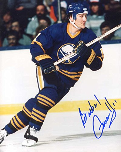 Gilbert Perreault (HOF) Autographed/ Original Signed 8x10 Photo w/ the Buffalo Sabres (1970-1986) (Signed Sabres Nhl Buffalo Photo)