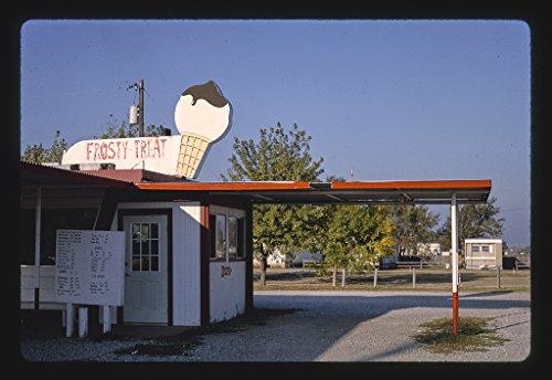 16 x 24 Gallery Wrapped Framed Art Canvas Print of Frosty Treat, Garden Plain, Kansas 1993 Roadside Americana Ready to Hang 81a ()