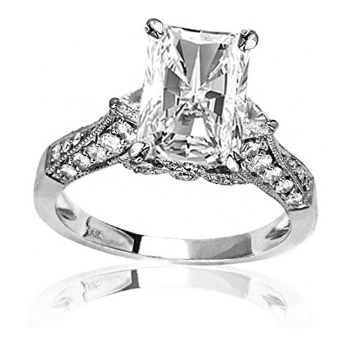 14K White Gold 1.58 CTW Trillian And Round Diamond Engagment Ring w/0.7 Ct Radiant Cut F Color VS2 Clarity Center ()