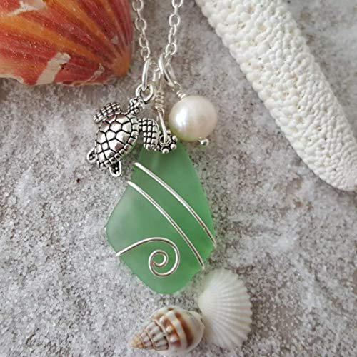 Handmade in Hawaii, Peridot sea glass necklace, Turtle charm,