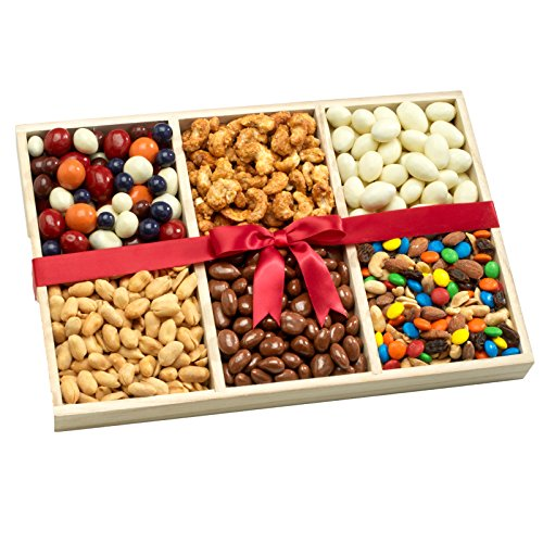 (Broadway Basketeers Deluxe Snacking Gift Tray)