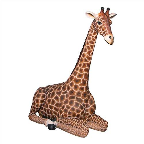 Dakarai Grande Scale Sitting Giraffe Statue