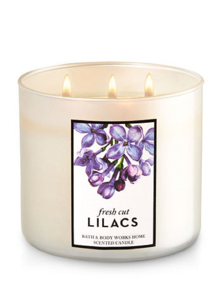 Bath & Body Works 3-Wick Candle in Fresh Cut Lilacs