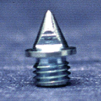 Premium quality 3/16 inch pyramid track shoe spike