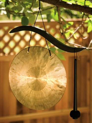 Hanging Wave Gong -- Bronze gong with black ash wood | (Bronze Gong)