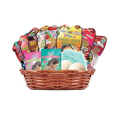 Montagne Jeunesse Basket Full of Goodies by Montagne