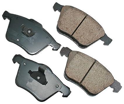 2004 volvo xc90 brake pads