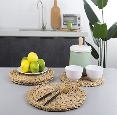 Woven Placemats,Rattan Round Placemats Natural Water Hyacinth Braided Heat-Reistant Non-Slip Tablemats for Dining Table Coasters Pots Pans Teapots in Kitchen,Farmhouse Decor ( Handmade 11.8 inch 4pc)
