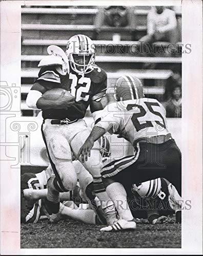 Auburn Florida Football - Vintage Photos 1977 Press Photo William Andrews Number 32 in The Auburn-Florida Football Game