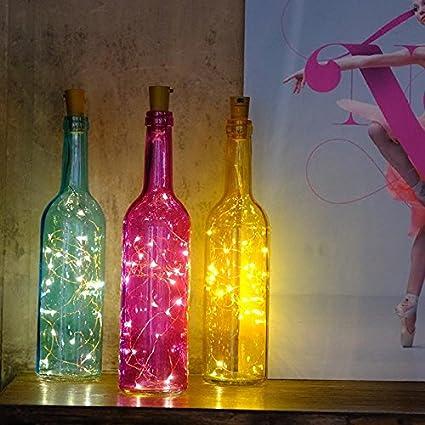 Botella de vino cadenas de LED linterna super star están decoradas ...