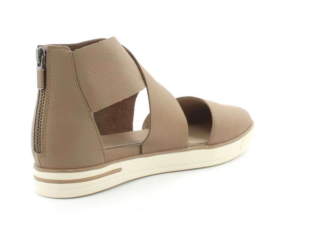 Eileen Fisher Women's Carver US|Sand Sneaker B01MQWIJFG 8 B(M) US|Sand Carver 1afa8b