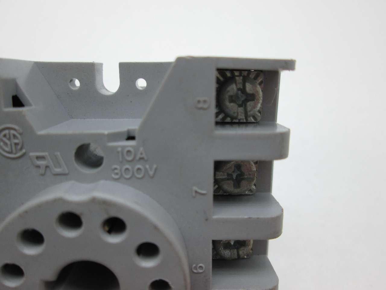 1 piece TE CONNECTIVITY // POTTER /& BRUMFIELD 27E123 RELAY SOCKET 10A 11 240VAC