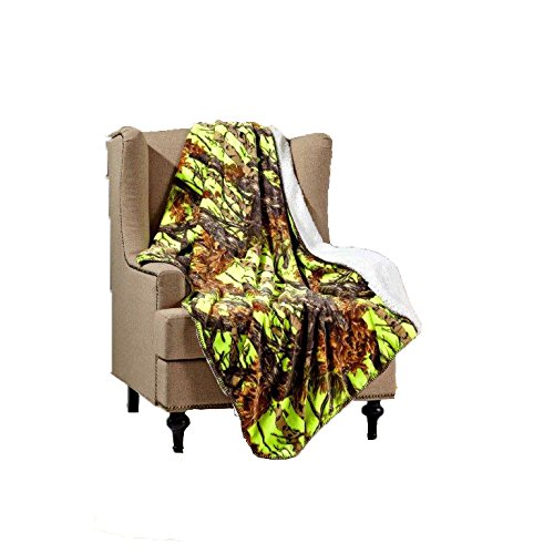 Duke Imports Regal Comfort Sherpa Luxury Throw Blanket, Woods Camo, Lime