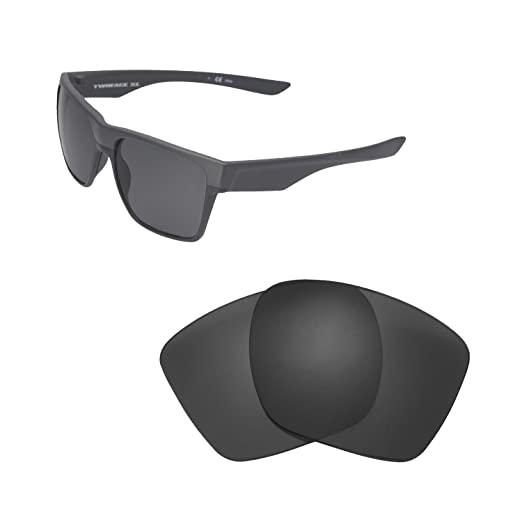 bdb1f4fd2d Amazon.com  Walleva Replacement Lenses for Oakley TwoFace XL - Multiple  Options Available (Black - Polarized)  Clothing