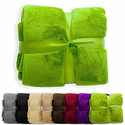 casa pura Fleece Throw Blanket | Plush Blanket Throw for Couch or Twin Size Bed | Super Soft & Cozy Fur Blankets | Various Sizes and Colors | Apple Green - 60