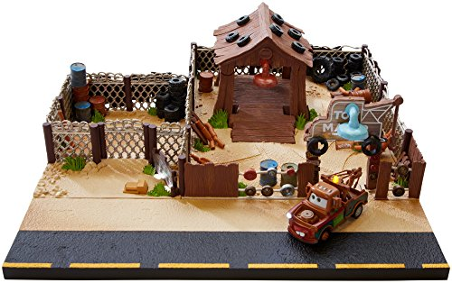 Disney Pixar Cars Mater S Towing And Salvage Playset And Vehicle