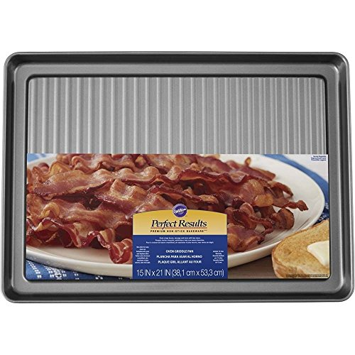 Wilton Non-Stick Griddle and Bacon Pan, 15 x 20-Inch (Best Pan To Cook Bacon)