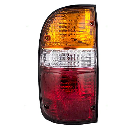 Drivers Taillight Tail Lamp Lens Replacement for Toyota Pickup Truck 8156004060 AutoAndArt
