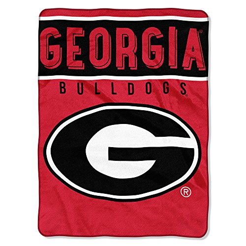 - The Northwest Company Officially Licensed NCAA Georgia Bulldogs Basic Plush Raschel Throw Blanket, 60