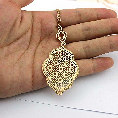 Cisco72 Designer Long Necklace Pendants Patterned Clover Statement Necklace for Women