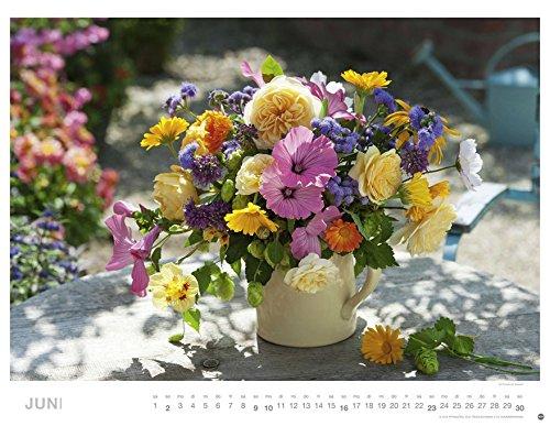 blumenzauber 2019 wandkalender im querformat 45x33 cm blumenkalender mit monatskalendarium