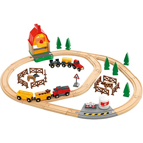 Brio Country Farm Train Set