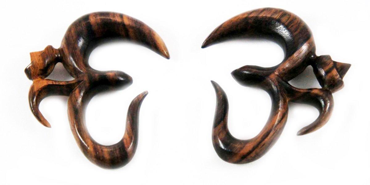 Bandaru Organics Sono Wood Hindu Ohm Symbol Hanger