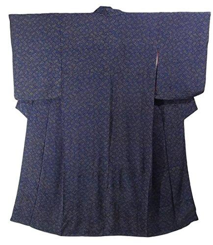 年金変化するコマースアンティーク 着物  水玉と菊唐草文様 裄62.5cm 身丈151cm 正絹